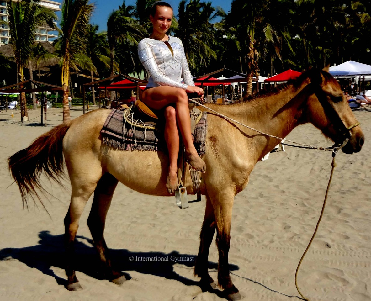 Kysla Leotard Horse Mexican Open