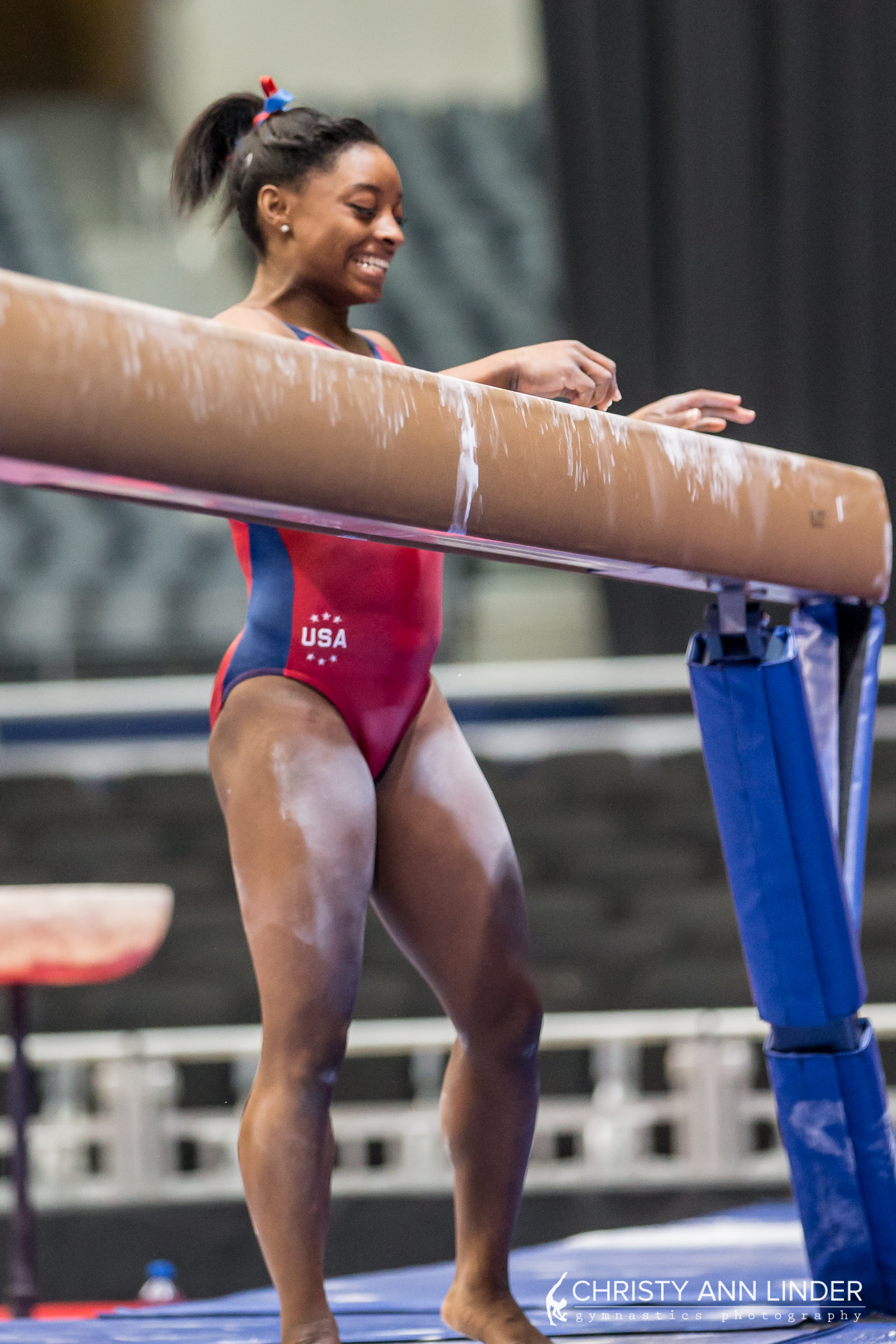 biles-making-faces-one