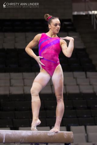 Maggie Nichols' swag on beam